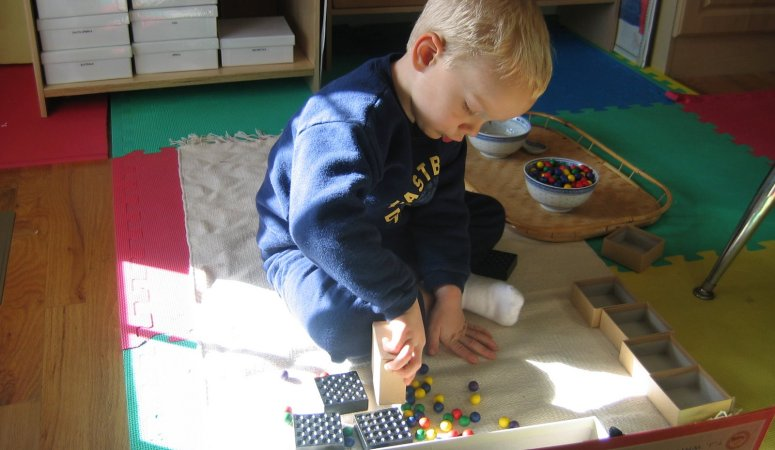 Why we chose Montessori – the philosophy, and my favorite reading material