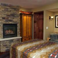 Indian Summer Jacuzzi & Fireplace Suite - Wild Goose Inn ...
