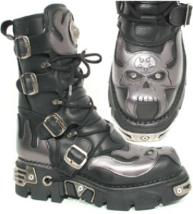 New Rock Boots 107-2 Itali negro y Antic Acero, Reactor Negro Toberas