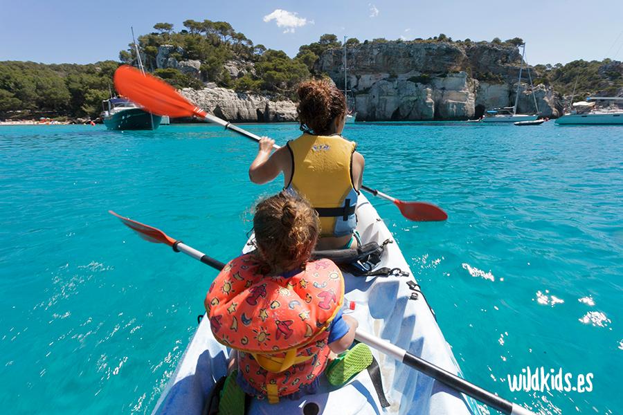 Cala Macarella en Kayak