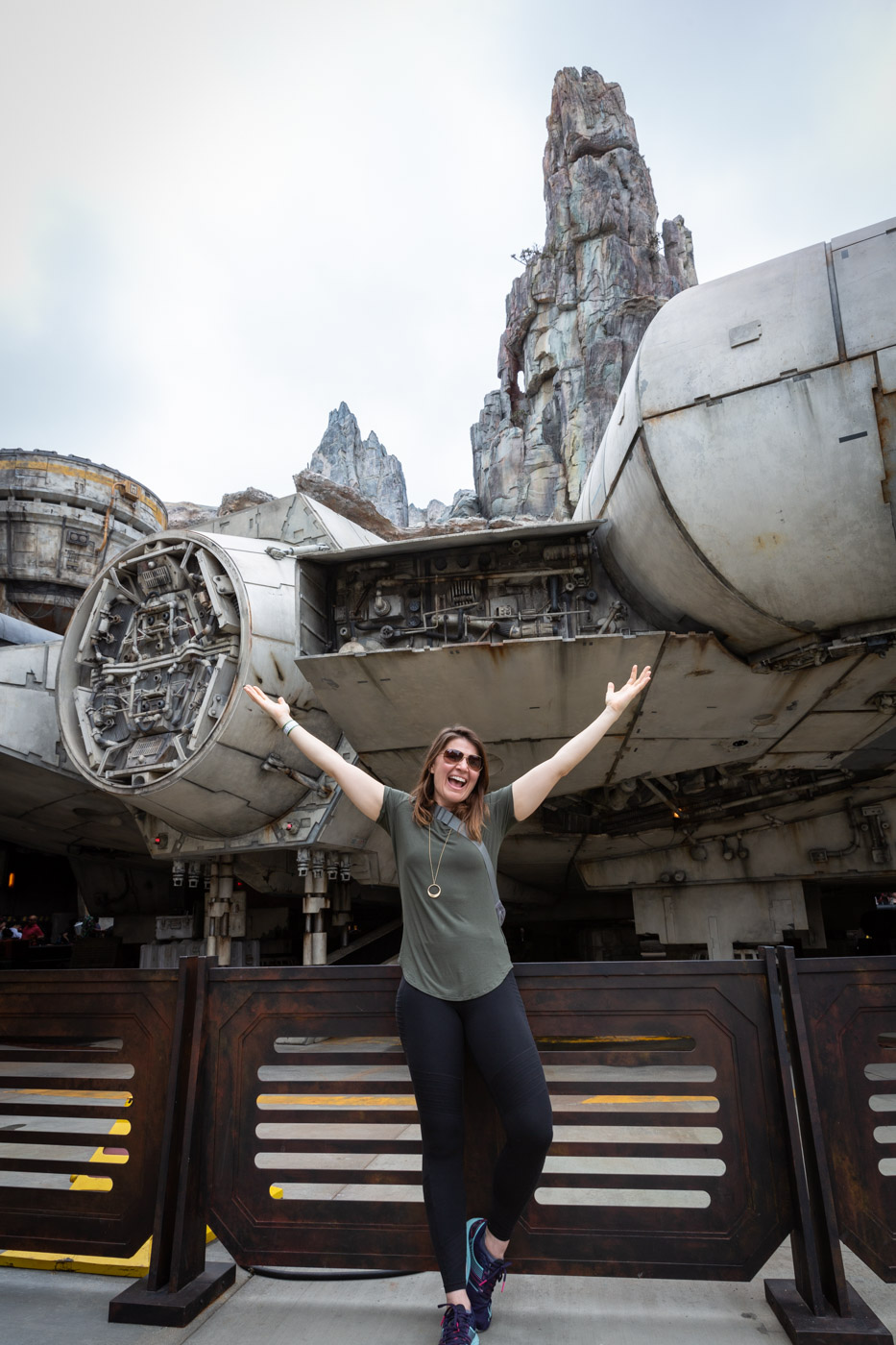 Batuu in Star Wars Land at Disneyland. Galaxy's Edge at Disneyland