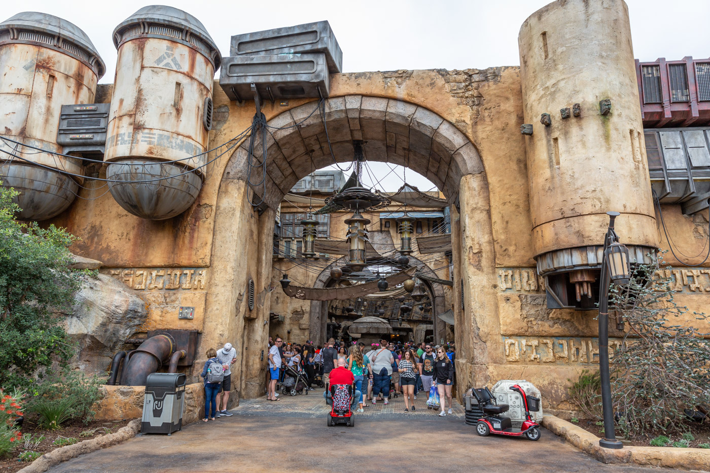 The Market in Batuu inside Star Wars Land at Disneyland. Galaxy's Edge at Disneyland