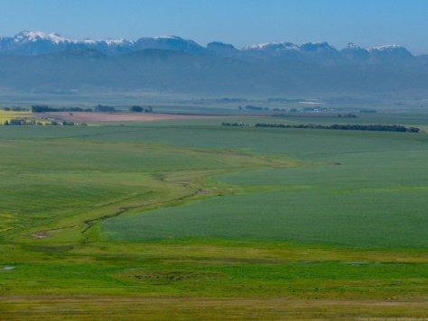 Snow-capped Du Toits mountains