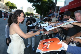 Aubrey Plaza teasing fans with just a bit of awesomeness that seeps out through her signature. Photo Credit: Alex J. Berliner/ABImages