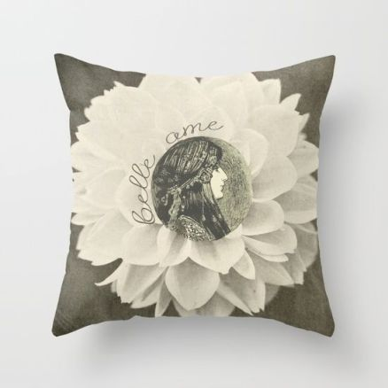 Belle Ame Pillow