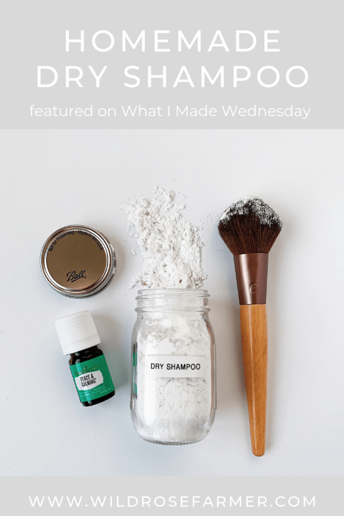 Homemade Dry Shampoo | Clean Beauty | The BEST Dry Shampoo | Featured on What I Made Wednesday | #WildRoseFarmer