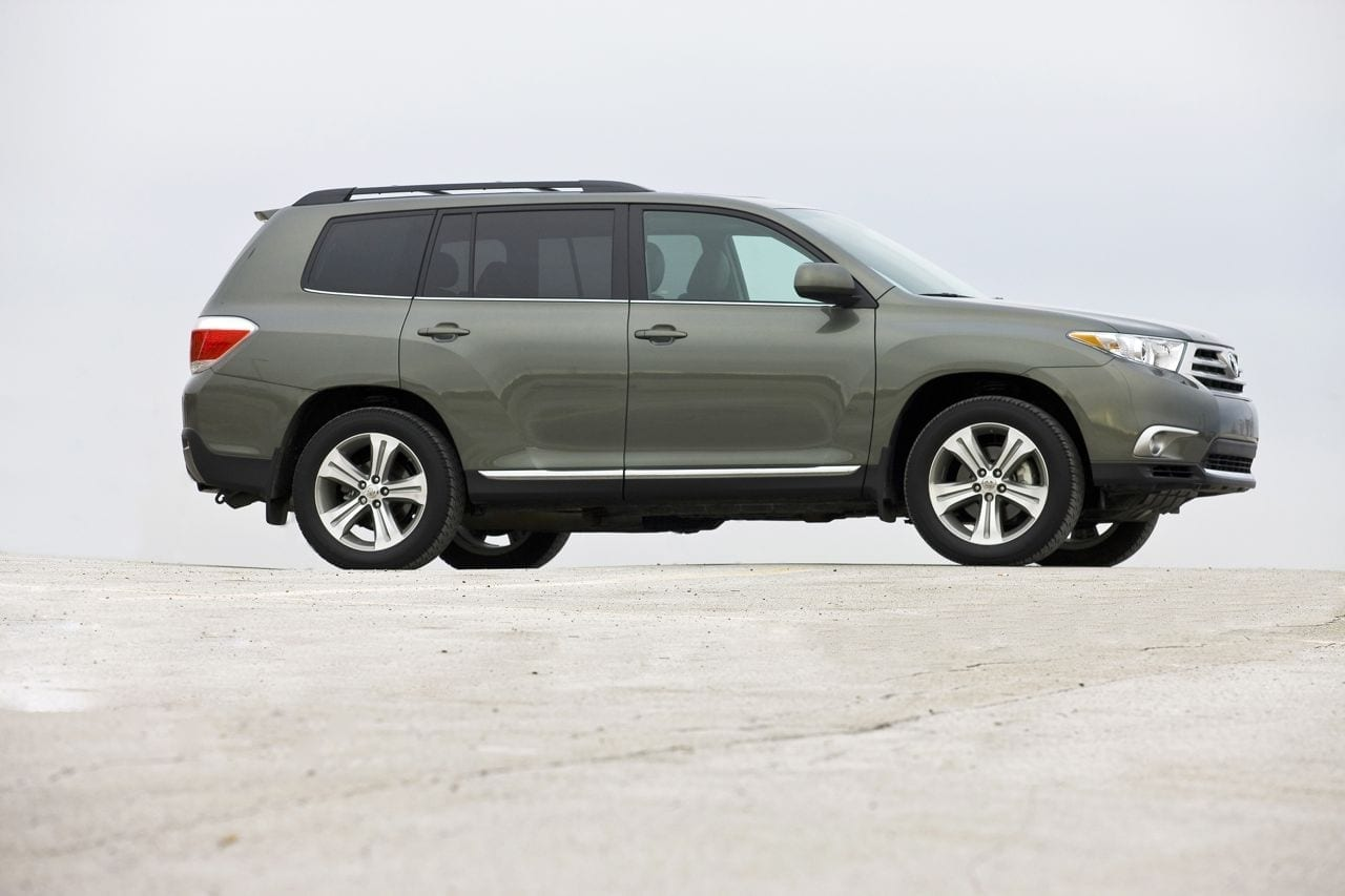 Review: 2013 Toyota Highlander 4WD V6