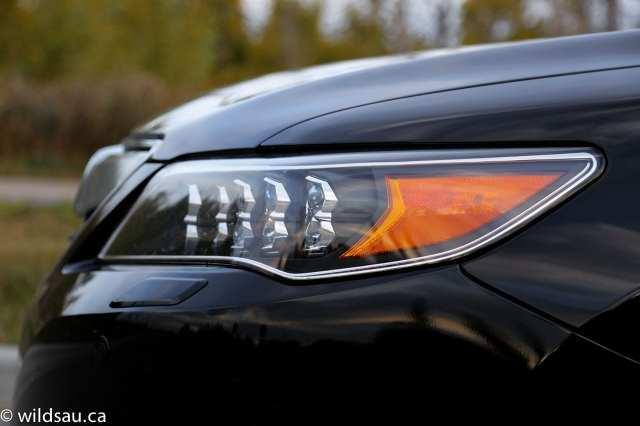 headlight side detail