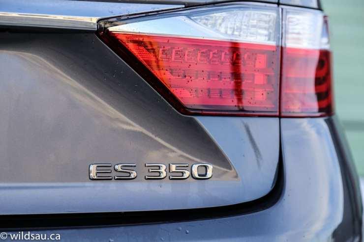 ES 350 badge