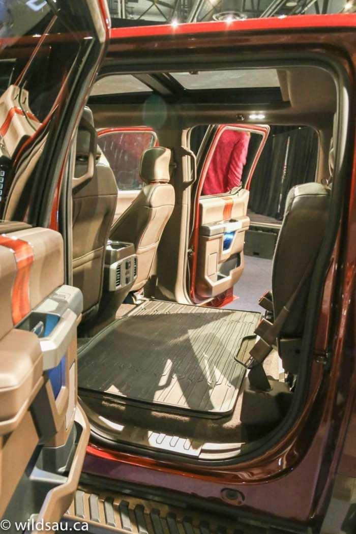 rear seats up