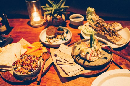 the-slow-dinner-spread-canggu