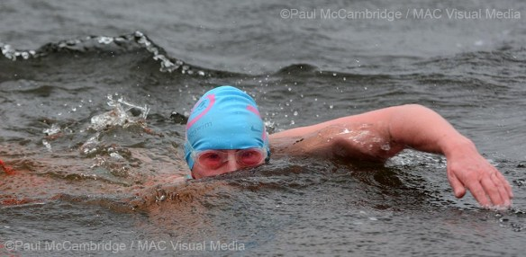 211214 - Ice swim 11 b
