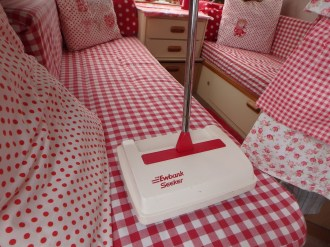 Fancy floor sweeper
