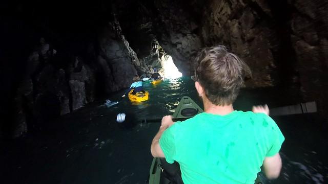 Fatyak Kaafu Tunnel Kayak