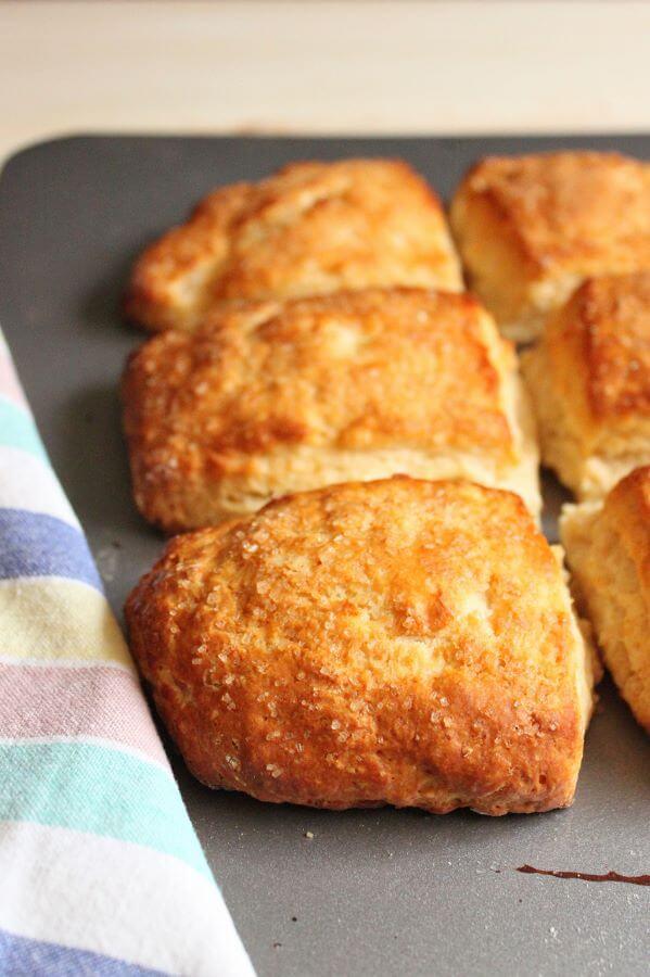 Honey Buttermilk Biscuits | wildwildwhisk.com