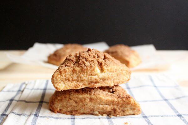 Cinnamon Streusel Scones | wildwildwhisk.com