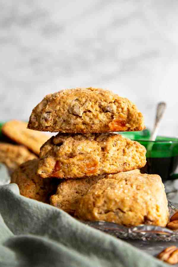 Cardamom Persimmon Cream Scones | wildwildwhisk.com