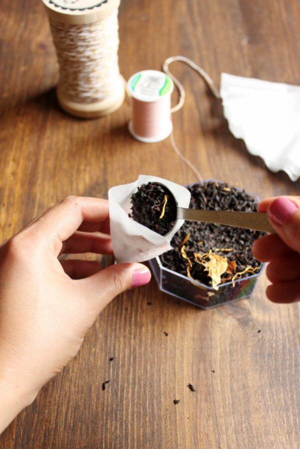 DIY Loose Leaf Tea Bag | wildwildwhisk.com