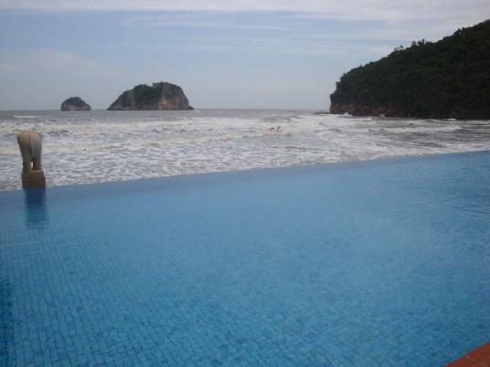 pool or beach?