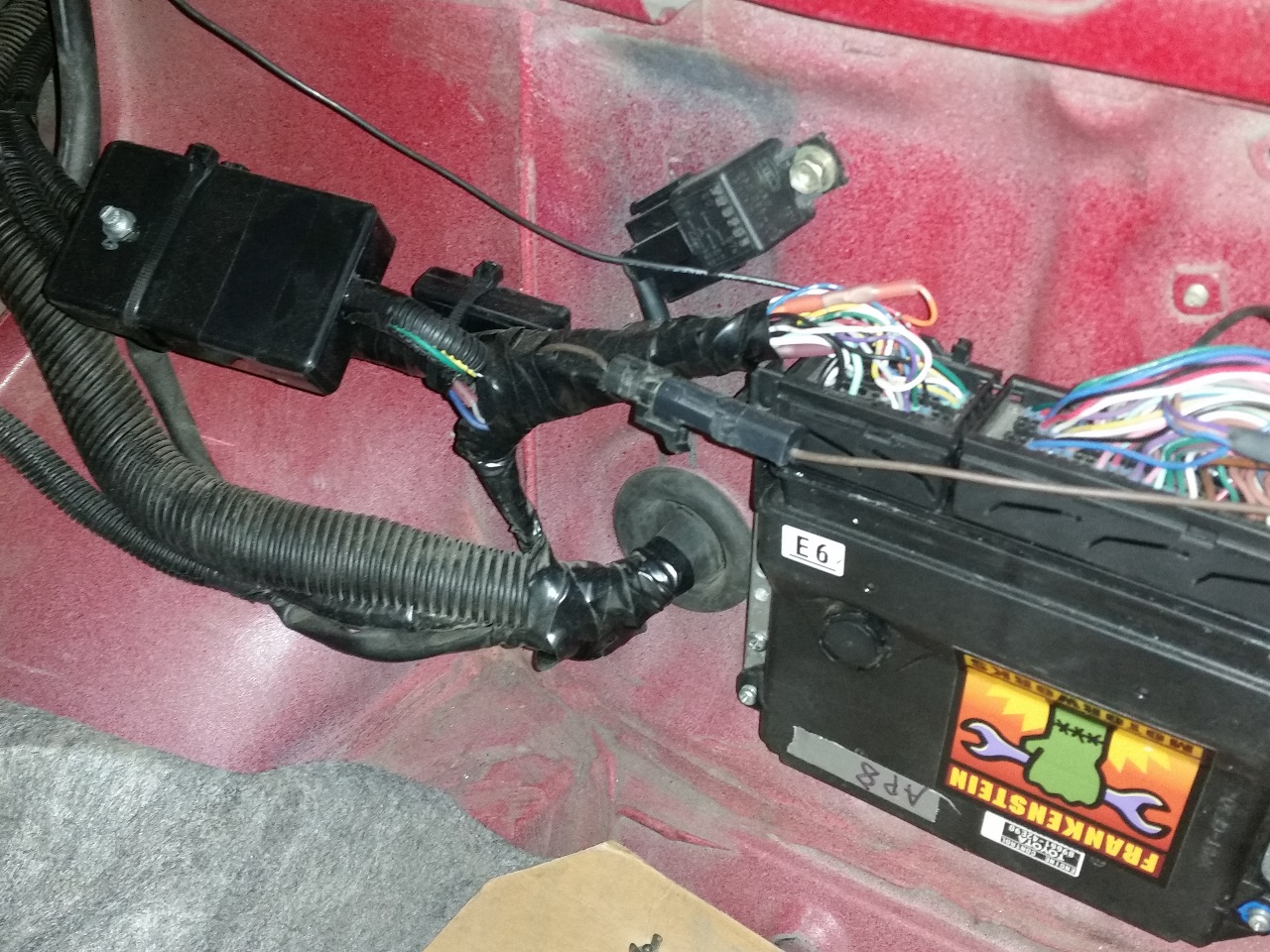 hight resolution of the circuit diagram with this added looks like this note that the ecu pinout is only valid for the pre 2010 rav4 ecu please consult the wiring diagram for