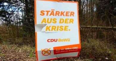 CDU Wahlplakat am Waldrand