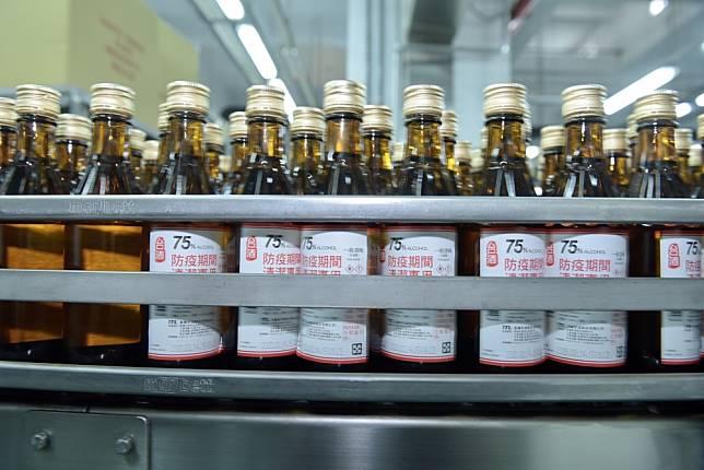 6千家健保藥局開賣「防疫酒精」 每瓶300毫升賣40元 – willnews分享應該關心的新聞
