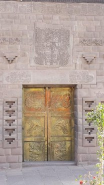 golden doorCusco