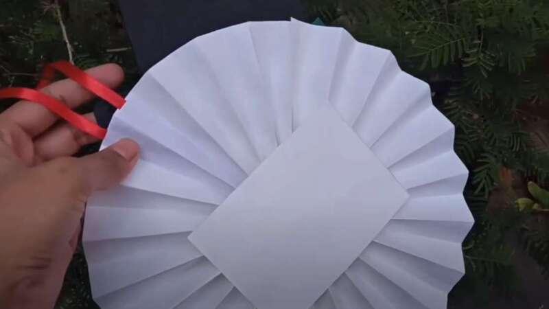 Nhãn dán giấy.