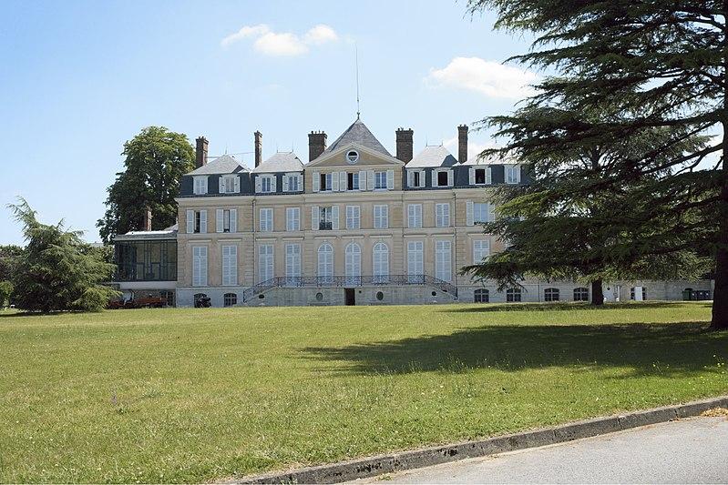 800px-Draveil_Château_de_Paris-Jardin_607