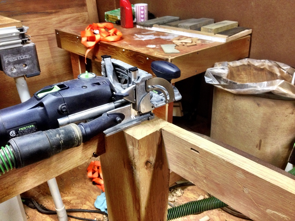 Attaching Table Top To Base
