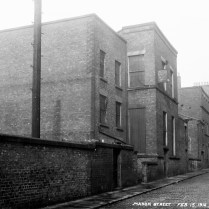 Mason Street in 1916. Williamson's house still intact on the right. Courtesy Liverpool City Libraries.