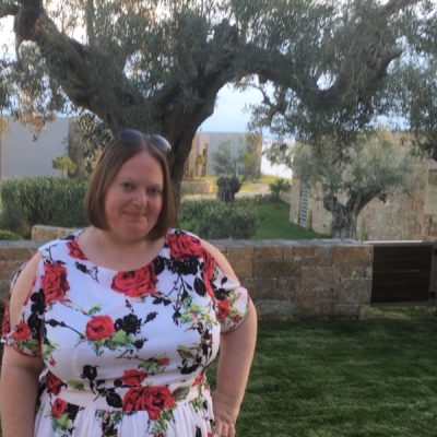 Little Loves – Summer Clothes, Cocktails and Greek Luxury