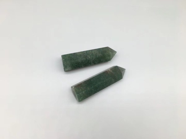 Green Strawberry Crystal Point