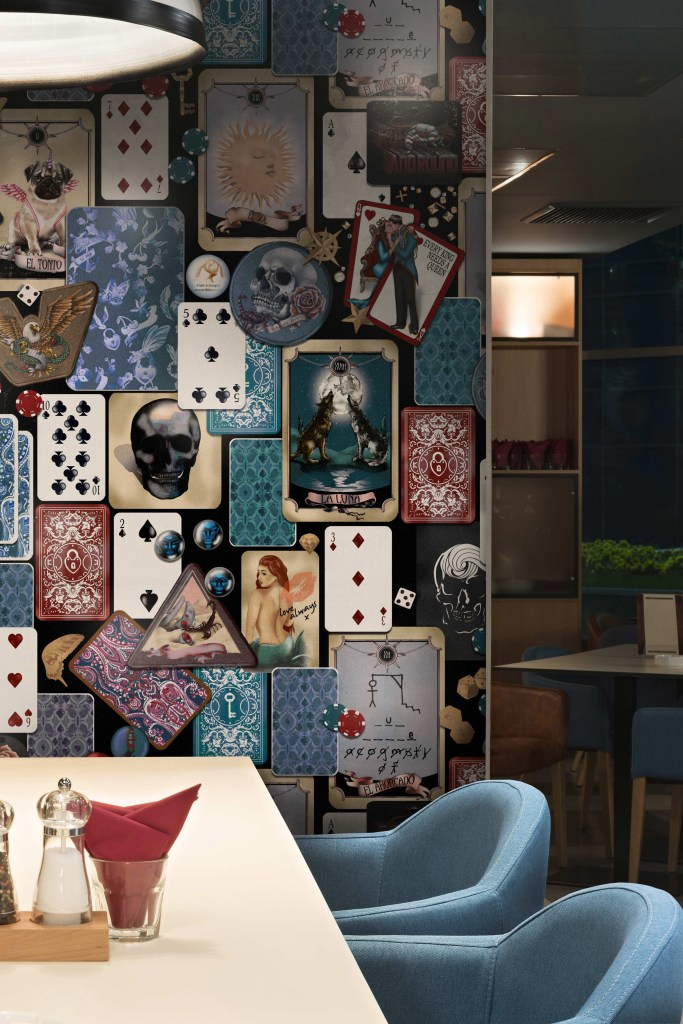 Unique, Quirky, Funky wallpaper designers from Sydney Australia. Specialising in custom and bespoke commercial wallpaper and wall murals.