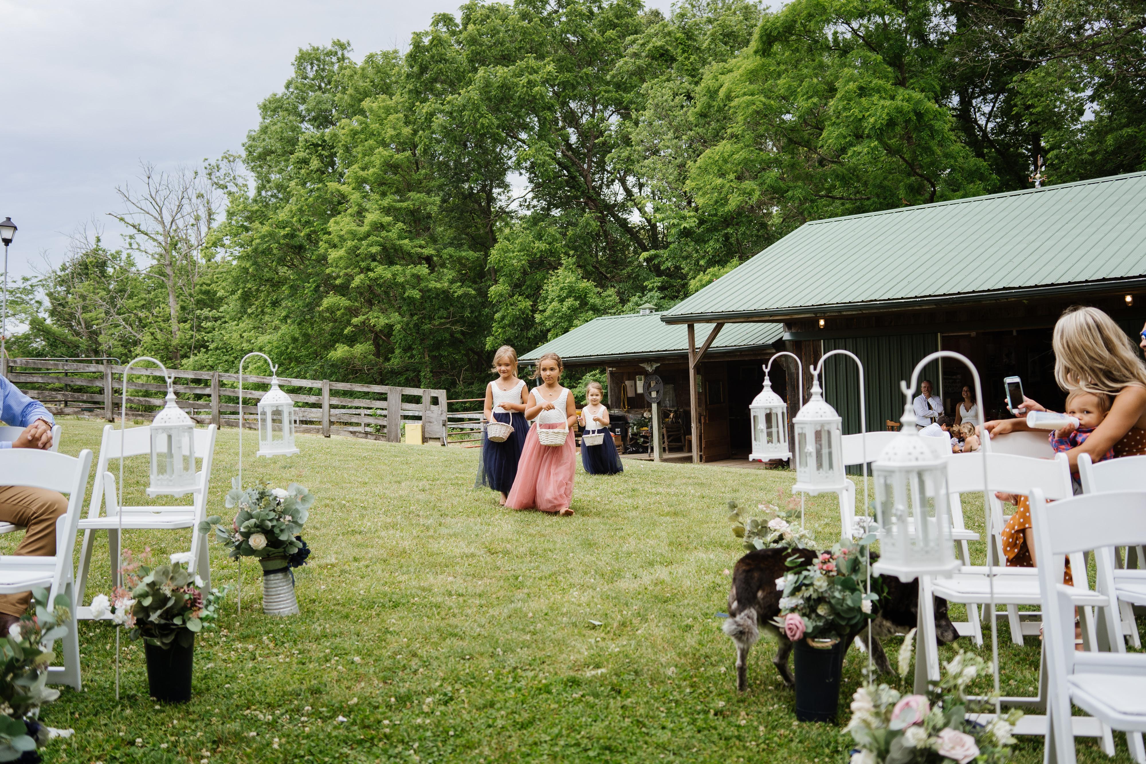 Hannah-Wedding-Flower Girls-54