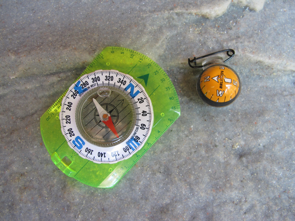 compass-needle-move
