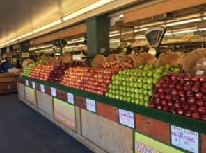 Äpfel, malerisch sortiert