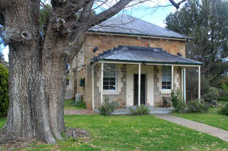 early Australian courthouses, Colonial Australian courthouses, historical Australian courthouses, Australian legal history, Bungendore