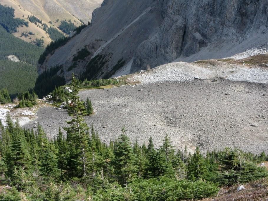 Top Memorial lake dry in the fall