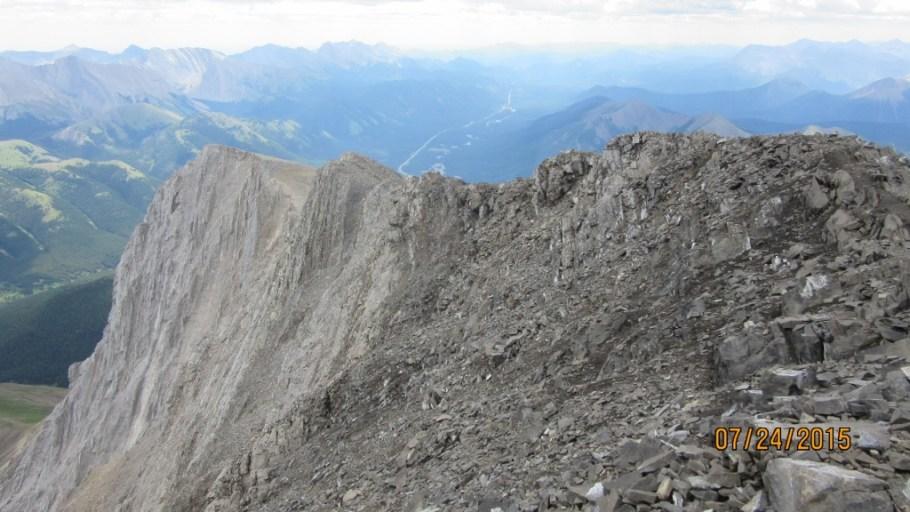 A small false summit ahead before the true Mist Mt summit