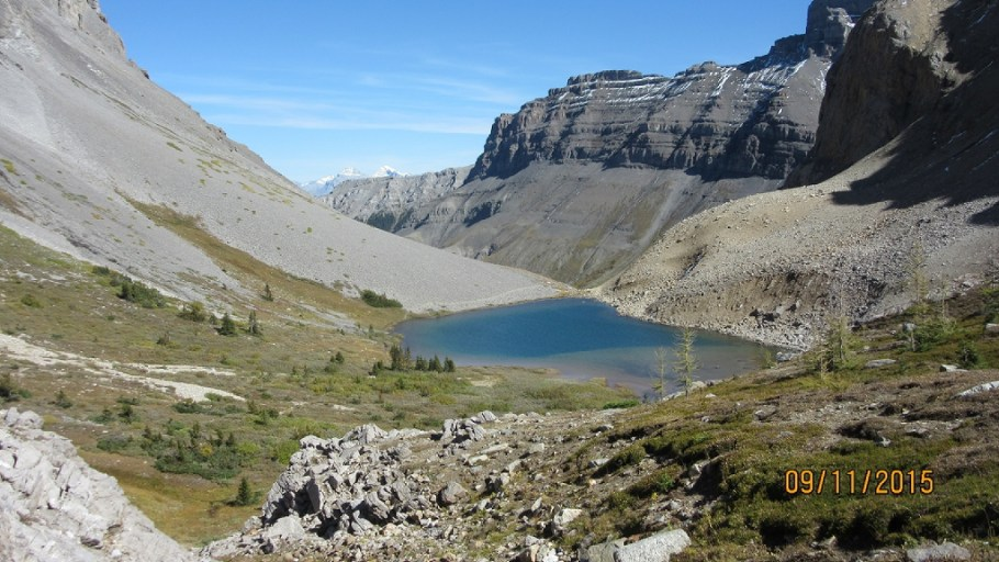 The trail back down past upper Bourgeau lake