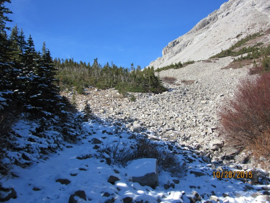 Route up to the Galatea Lakes