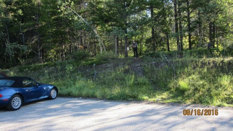 Trailhead at Lineham Creek