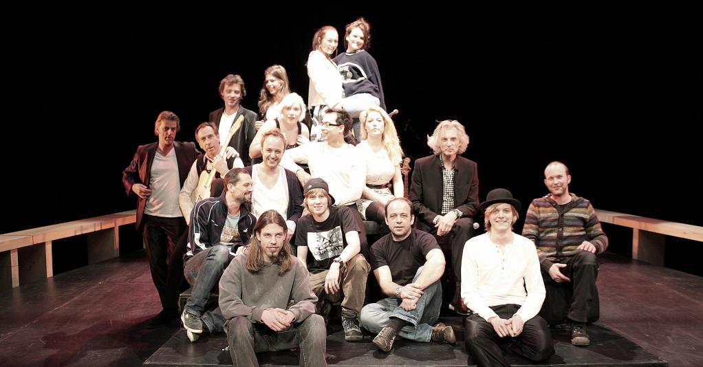 2011-01-hte-hele-crew