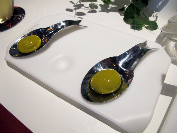 kitchen tongs new kitchens barcelona restaurant tickets by albert and ferran adria ...