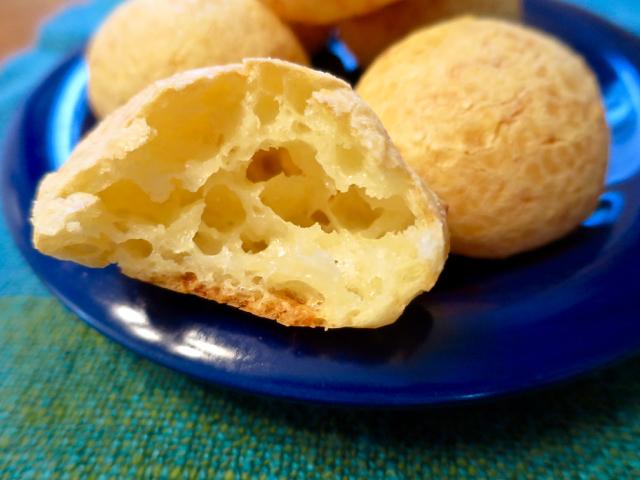 Pão de Queijo – Naturally Gluten Free Brazilian Cheese Puffs