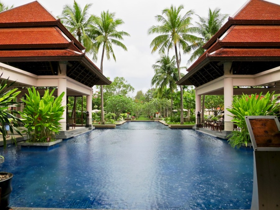 Banyan Tree Phuket - Pool outside of resort spa