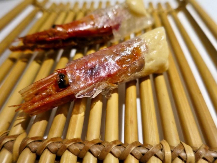 Gaggan - tom yum kung cracker