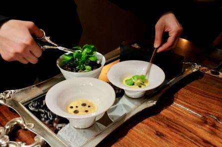 Atelier Crenn - Onion royale, comté, black truffle