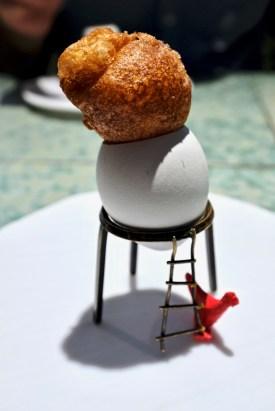 Disfrutar - Crispy egg yolk with mushroom gelatine